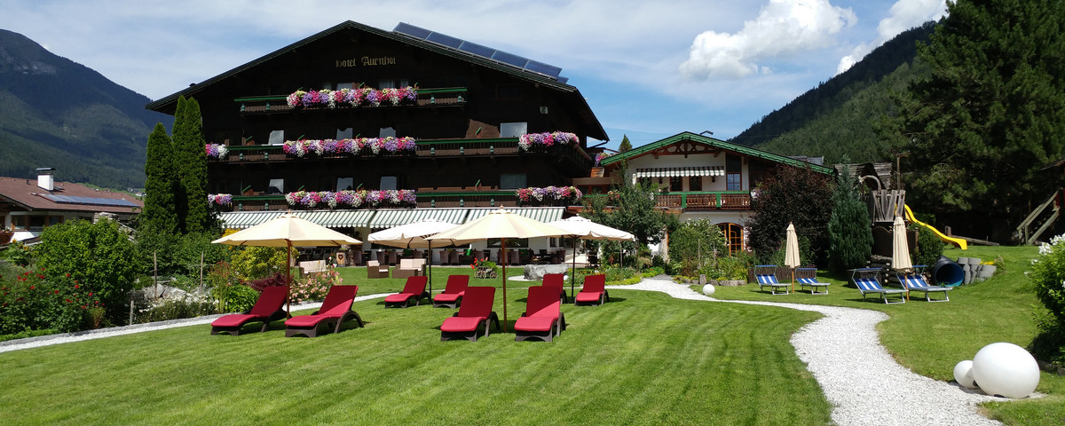 Package deals for your holiday at the Family & Vitality Hotel Auenhof
